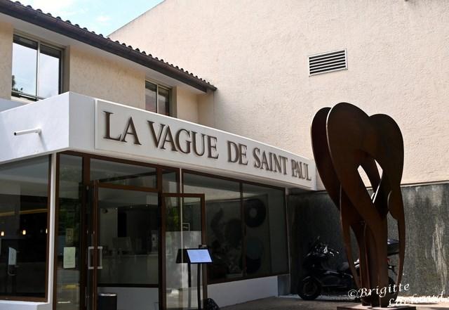 AU JARDIN DE LA VAGUE A LA VAGUE DE SAINT- PAUL DE VENCE